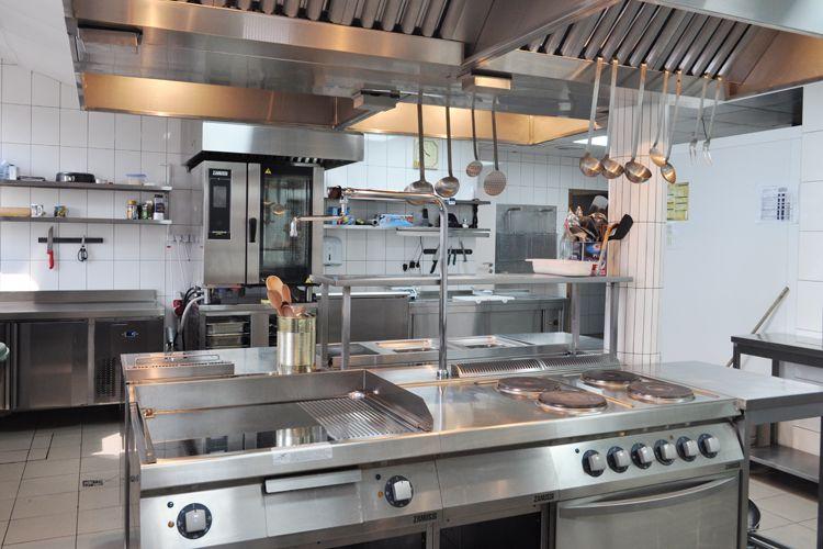 Плиты профессиональные: когда процесс готовки в кайф